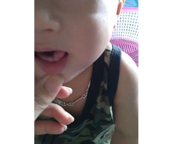 trẻ mấy tháng mọc răng