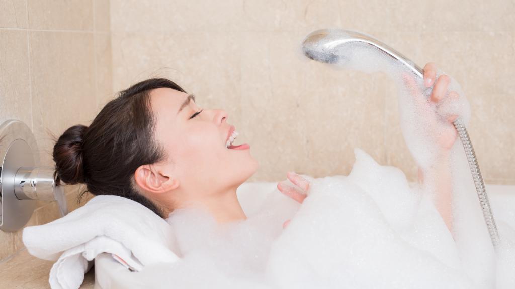 tắm gội sau khi sinh