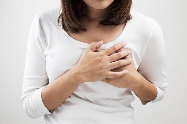 đau ngực có phải mang thai